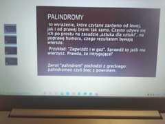 Przykład palindromu.