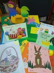 Kartki świąteczne robione przez uczniów  naszej szkoły.