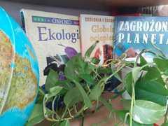 Książki o zagrożeniach środowiska naturalnego.