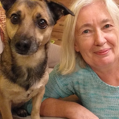 Pani Bożena i jej pies Magnus.