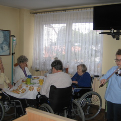 """Galeria Światowy Dzień Chorego w Domu Opieki """"Anna"""""""